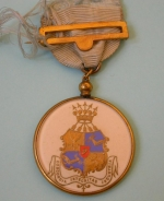 Masonic jewel belonging to F. Ritchings of Ferdinand de Rothschild Lodge (2420). Produced for the 21st anniversary of the lodge in 1913