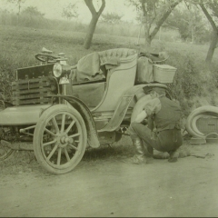 Harper carrying out roadside repairs