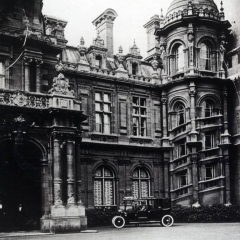 Miss Alice's double landau at Waddesdon Manor c.1906